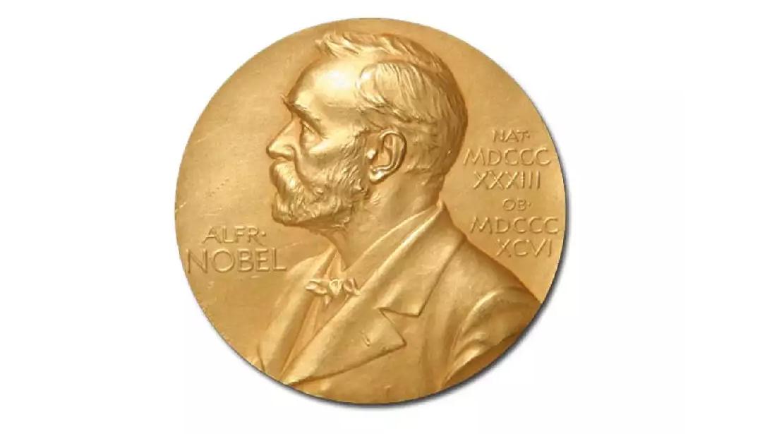 Årets (och fjolårets) Nobelpristagare i Litteratur är Peter Handke och Olga Tokarczuk. Besök ditt lokala bibliotek och låna deras böcker!