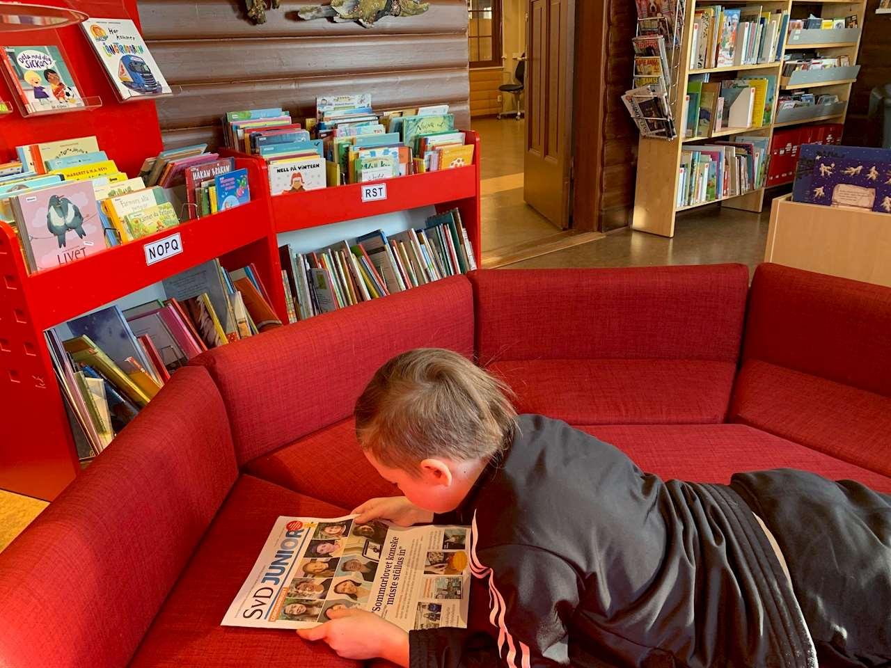 Barn läser SVD junior